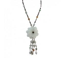 Collier des cyprès en jade.